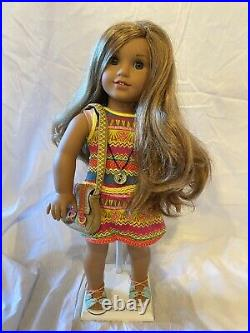 AMERICAN GIRL 18 DOLL LEA CLARK doll of Year 2016 EUC With Original Book