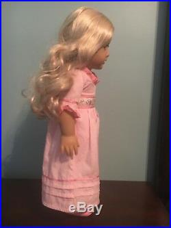 American Girl Caroline In Meet Outfit With Box