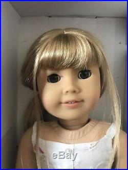 American Girl Doll Chrissa 18 Gwen Displayed Only Complete Box Book Excellent