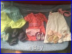 American Girl Doll Chrissa Gwen Sonali With Outfits And Books Girl of the Year