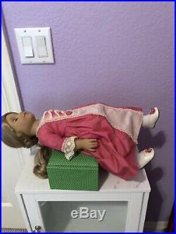American Girl Doll Elizabeth Cole RETIRED