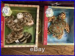 American Girl Doll Lea Clark 2016 GOTY Book, Box & Accessories EUC turtle cat
