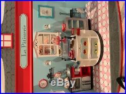 American Girl Graces Bakery
