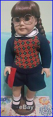 American Girl Molly Pleasant Co. With Book 18 Retired With Stand Used Without Box