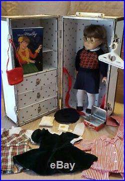 American Girl Pleasant Company Lot Molly Retired Meet Outfit Trunk Accessories