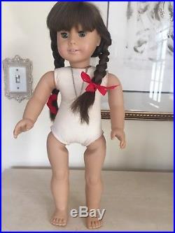 American Girl Pleasant Company WHITE Body MOLLY Historical Doll In BOX! RARE