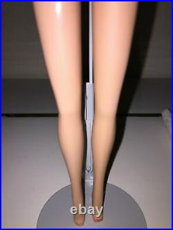 American Girl Sidepart Barbie MINT tan toned (NOT pink skin)