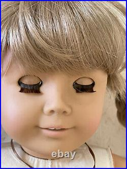 American Girl WHITE BODY KIRSTEN Doll Pleasant Company Gorgeous BLUE EYES In BOX