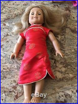 Diverse lot of 7 Used American Girl Dolls