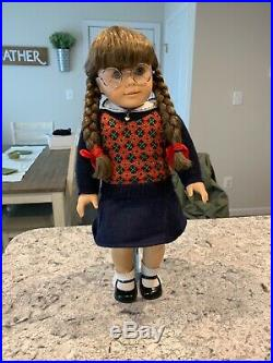 Molly McIntire Pleasant Company American Girl Doll Retired