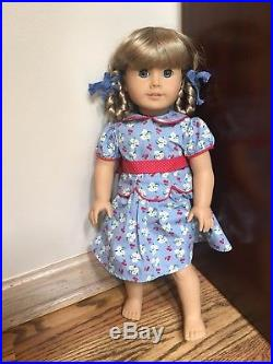 NINE American Girl Dolls with clothes (Kirsten, Josefina, Nellie.) NO RESERVE