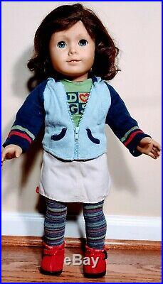 Nice! RETIRED Lindsey Bergman Doll + Meet Outfit by American Girl GOTY 2001