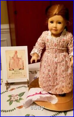 Pleasant Company Felicity Doll & 1st Edition HC Meet Felicity Book