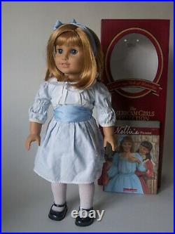 RETIRED American Girl PLEASANT COMPANY DOLL NELLIE in MEET OUTFIT IN BOX