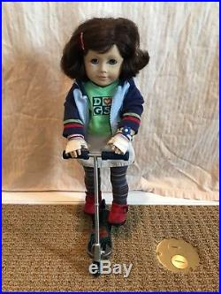 Rare Mint Condition Lindsey American Girl Doll First Girl of the Year 2001