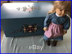 Retired PLEASANT COMPANY AMERICAN GIRL KIRSTEN DOLL's TRUNK BED/ Clothes LG. LOT