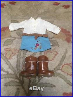 Used American girl doll Nicki with original clothes