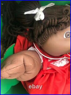 Vintage Cabbage Patch Doll African American Girl Yarn Hair with box- Please read