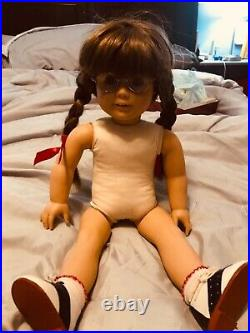 WHITE BODY american girl doll molly pleasant company original sweater and skirt